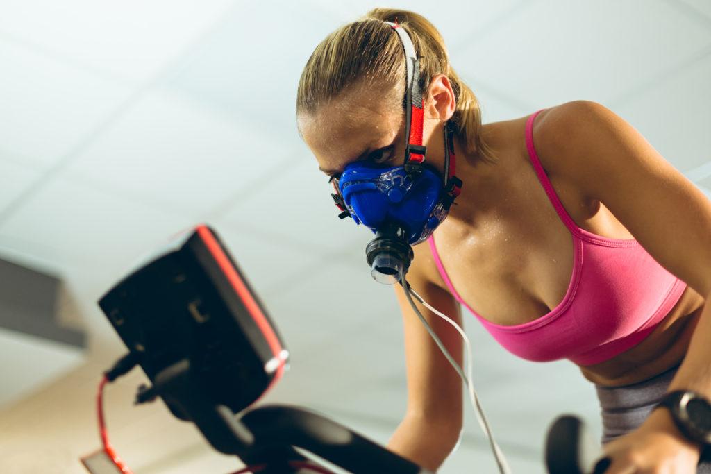 アスリートも実践する低酸素トレーニングを気軽に体験