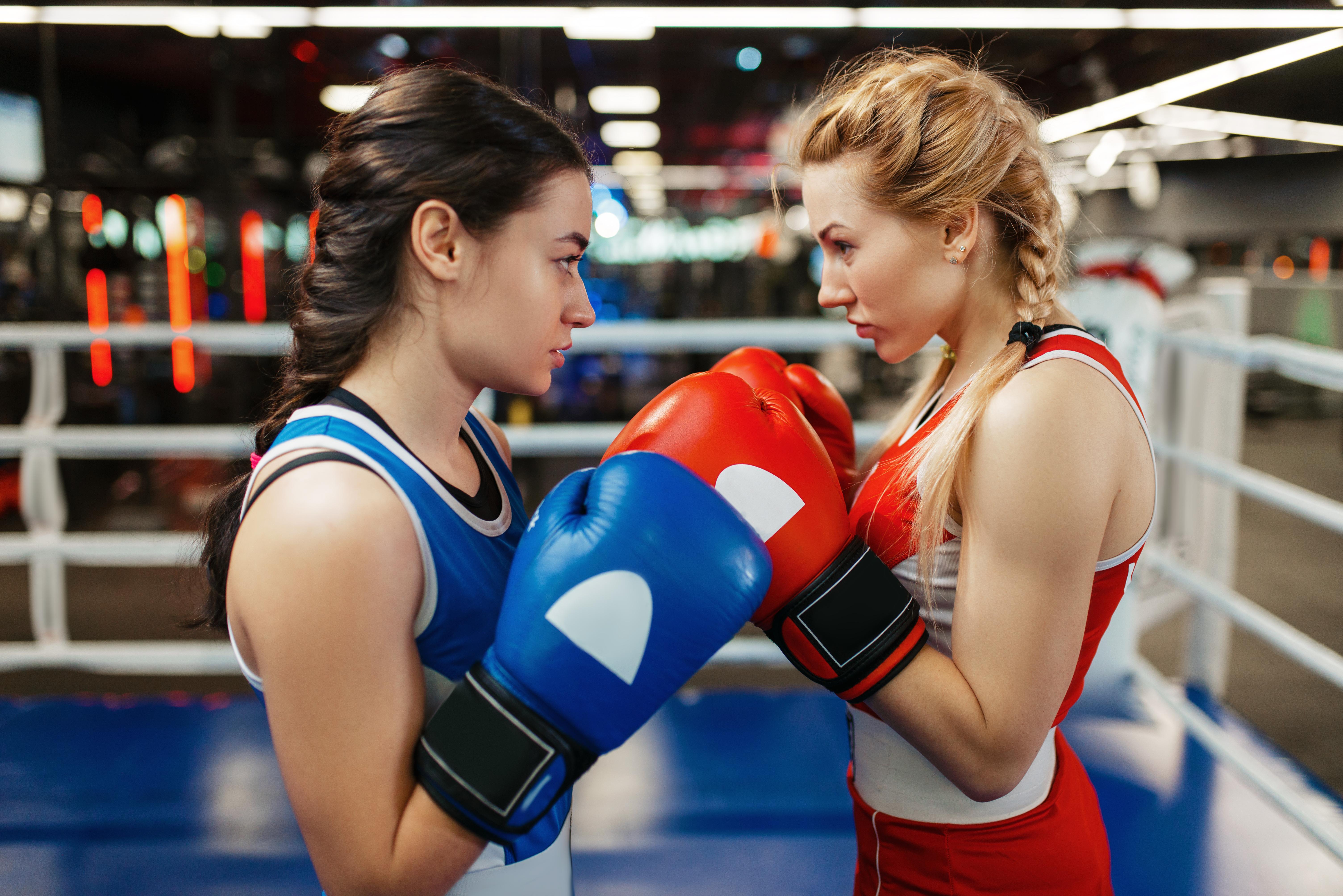 キックボクシングとボクシングの習い事の違い