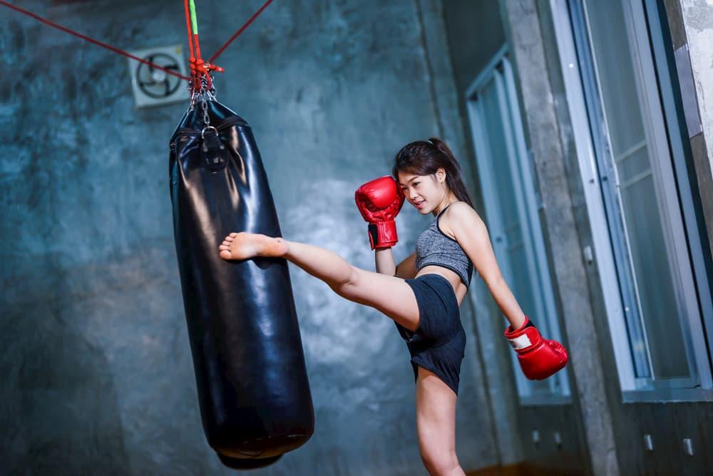 女性専用のキックボクシングジムの体験レッスンの楽しみ方