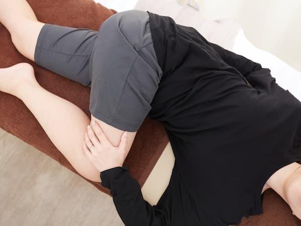 寝ながらストレッチ(お尻・お腹)